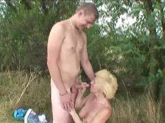 Can not alte frau junger mann porno